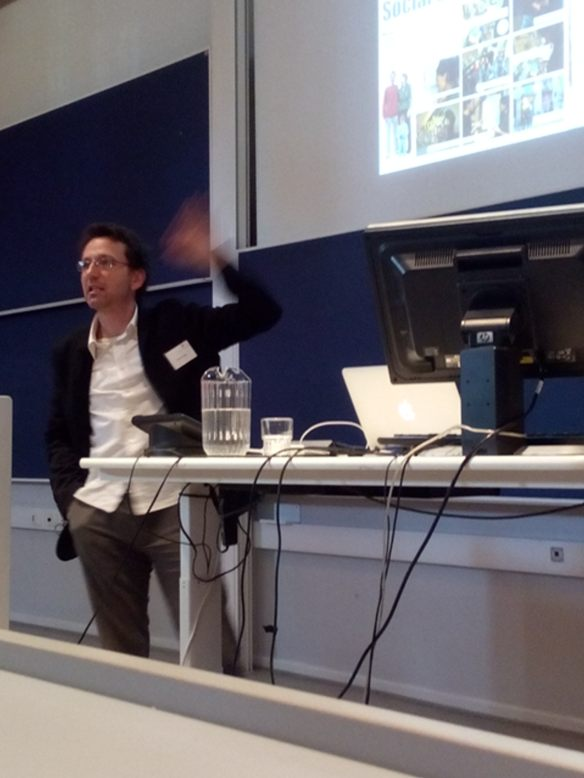Francois Jegou lecturing at SDU
